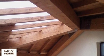 Porticato in legno lamellare di abete